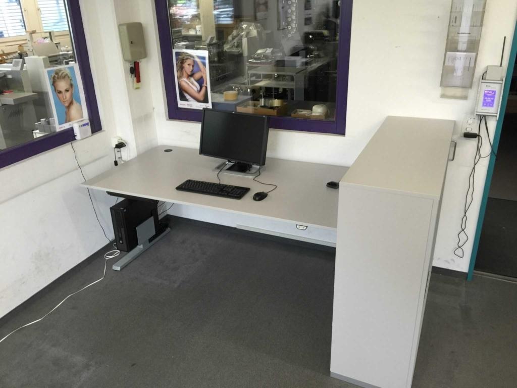 Sitztisch bei Schneider und Co in Muri